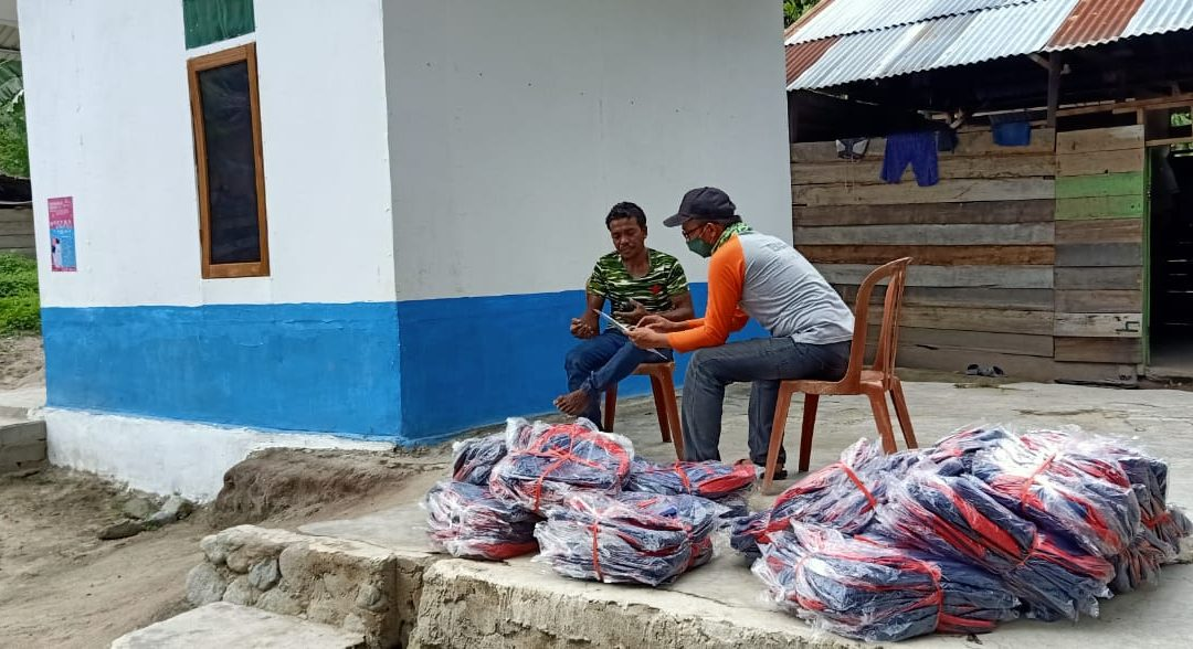 Pembagian Tas Siaga di Desa Dampingan YPI