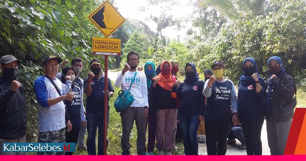 Patut Dicontoh ! YPI – CRS Pasang Rambu Rawan Bencana Untuk Masyarakat